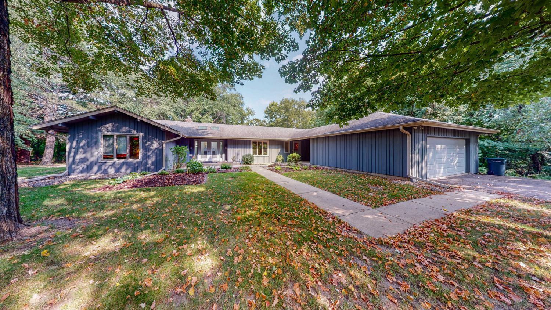 2504 Hillside Lane SW, Rochester, MN 55902