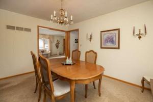 702 30th St NW Austin MN 55912-small-009-010-Dining Room-666x444-72dpi