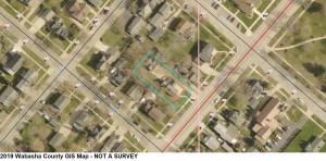 312 W Lyon Avenue, Lake City, MN 55041