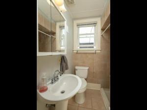 415 Twiford St SW Chatfield MN 55923 USA-018-008-Bathroom-MLS_Size