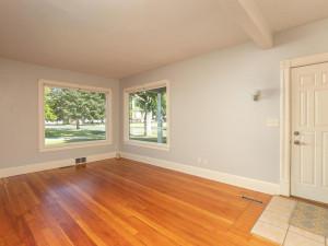 415 Twiford St SW Chatfield MN 55923 USA-006-004-Living Room-MLS_Size