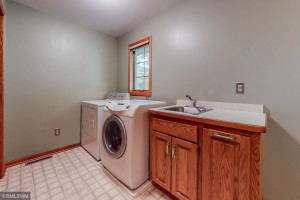 1168 Knoll Court NW, Rochester, MN 55901