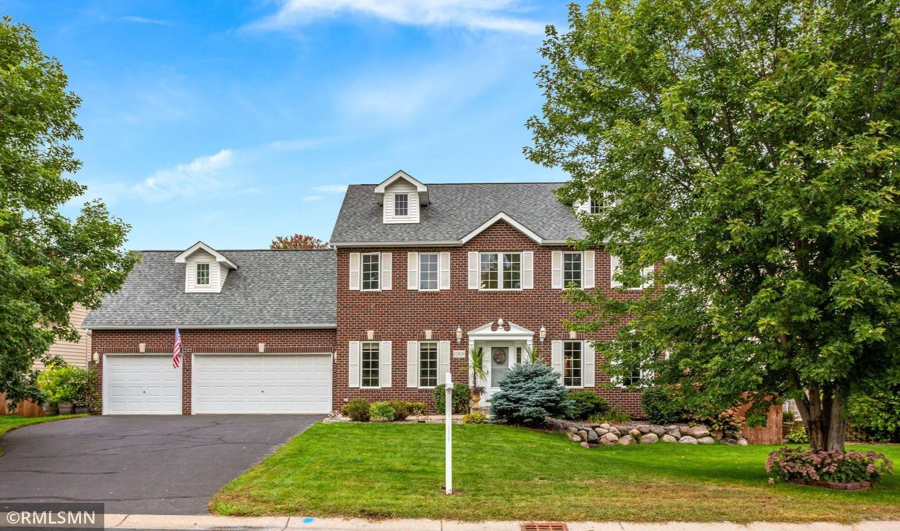 Splendid Colonial-Style, 5BR, 4BA, 3 GAR Home with LOTS of Entertaining Spaces!