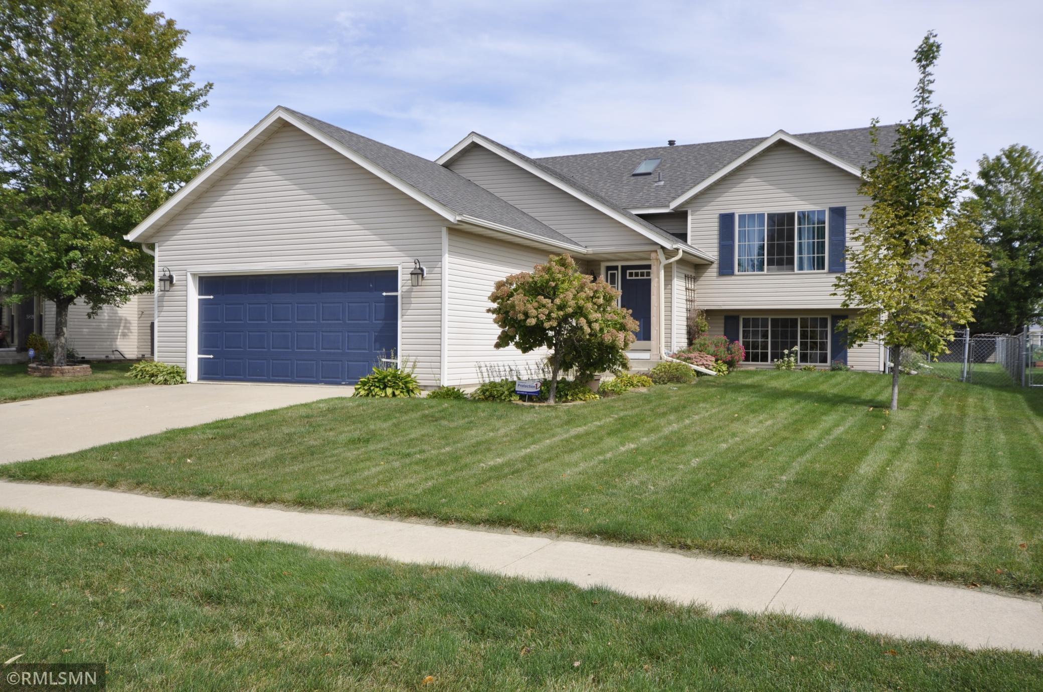 5814 49th Avenue NW, Rochester, MN 55901