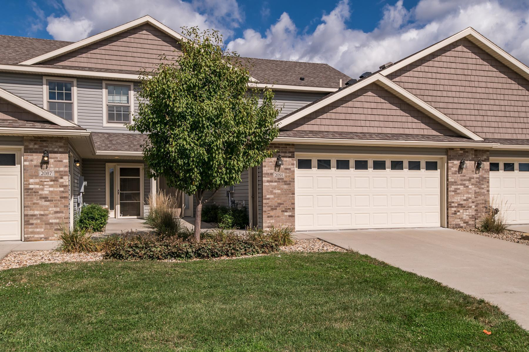 2091 Coopers Place SE, Rochester, MN 55904