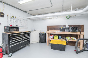 Great workshop space plus storage and mechanical!