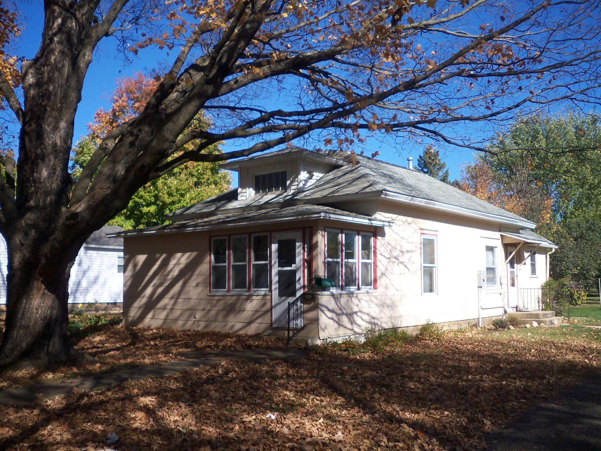625 N Section Avenue, Spring Valley, MN 55975