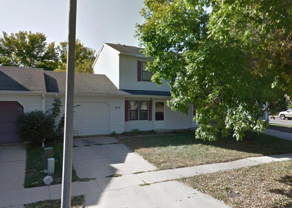 853 W Village Circle SE, Rochester, MN 55904
