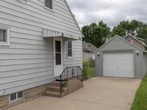 1312 4th St NE Rochester MN-018-009-Garage-MLS_Size