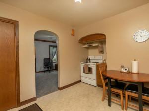 1312 4th St NE Rochester MN-008-017-Kitchen-MLS_Size