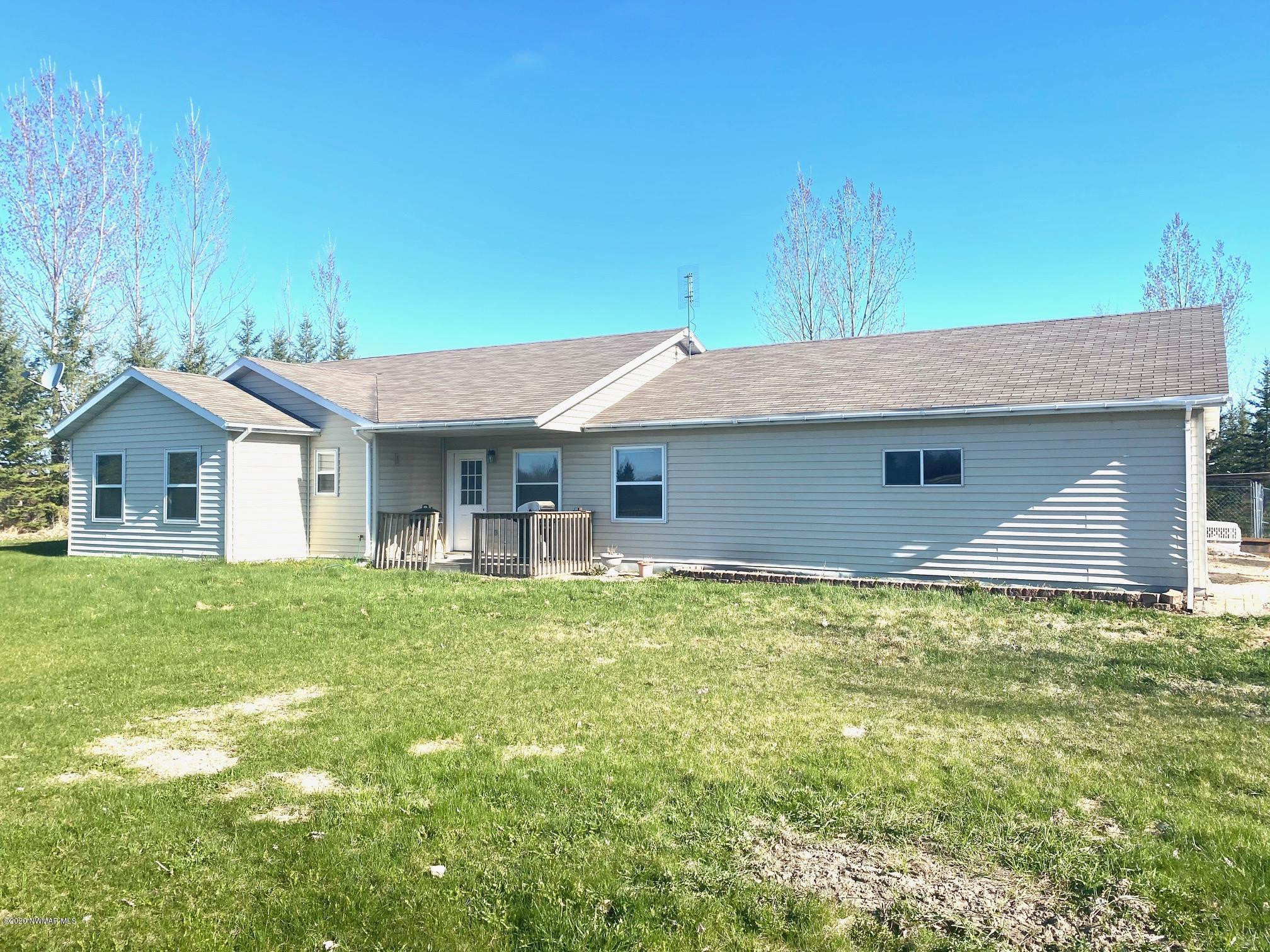 39271 County Road 8, Wannaska, MN 56761