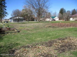 107 Washington Street SE, Warroad, MN 56763