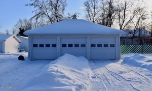 122 St Paul Avenue N, Thief River Falls, MN 56701