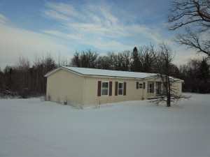35211 State Highway 11, Roseau, MN 56751