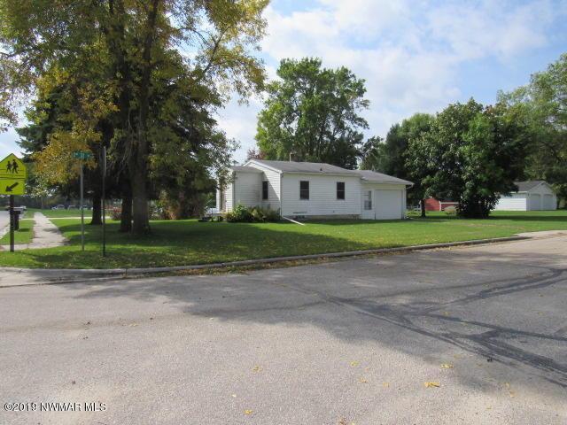 114 Hamilton Avenue NE, Red Lake Falls, MN 56750