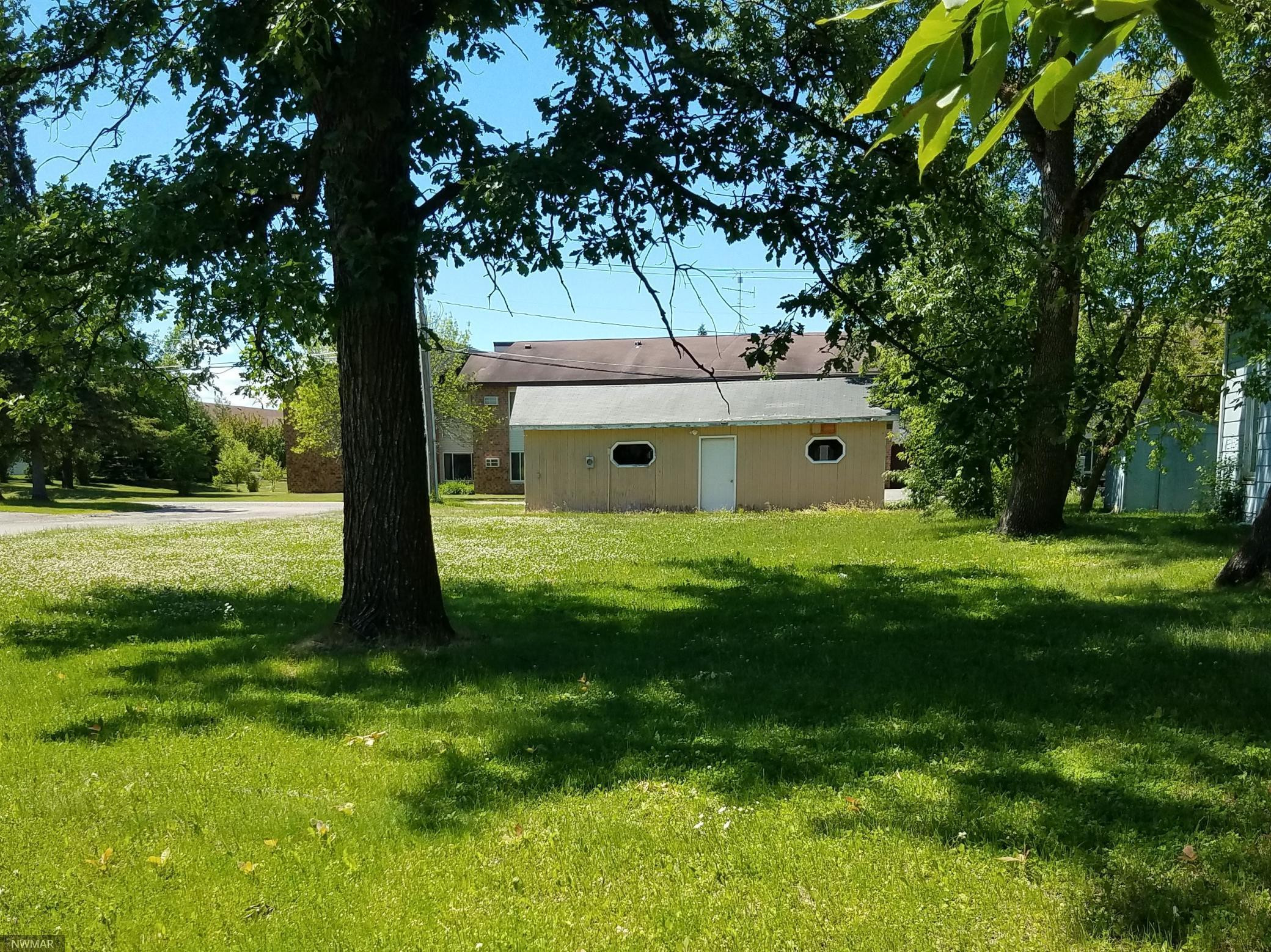 223 1st Avenue SW, Baudette, MN 56623