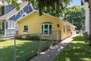 1684 Marshall - single family or potential duplex