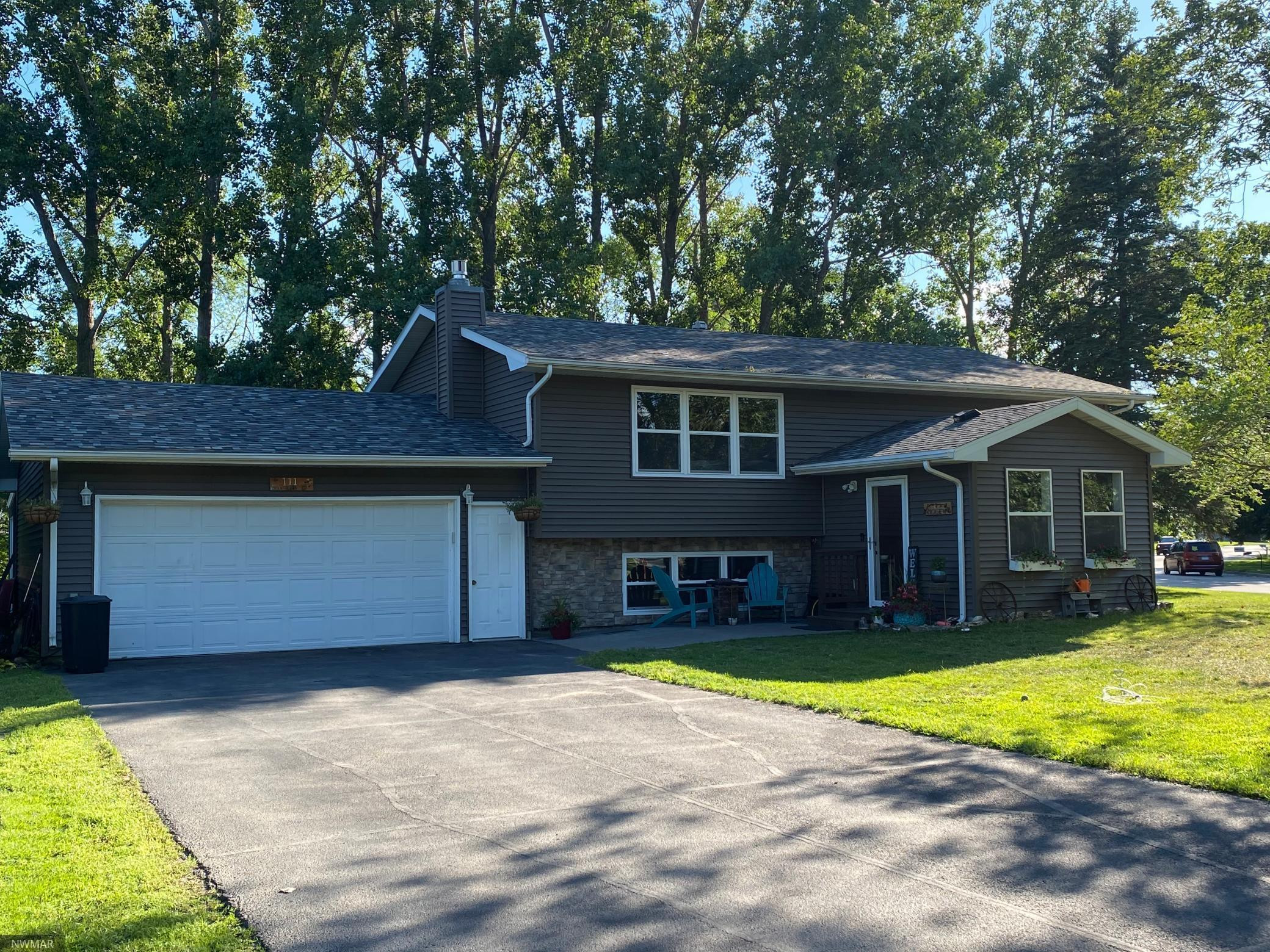 111 Kenwood Court, Thief River Falls, MN 56701