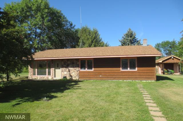 123 Lakeview Drive, Warroad, MN 56763