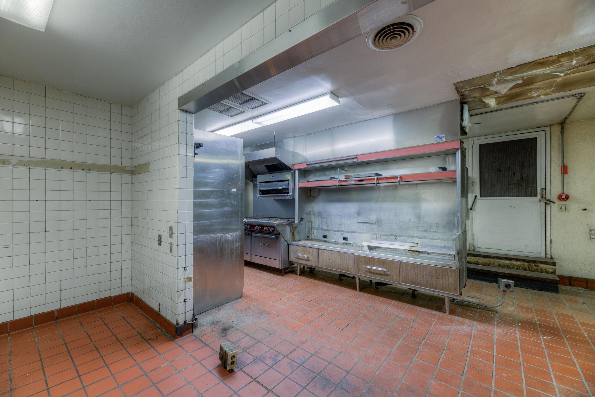 421 - 423 East 7th Street St. Paul-10-web-Interior %3D Kitchen