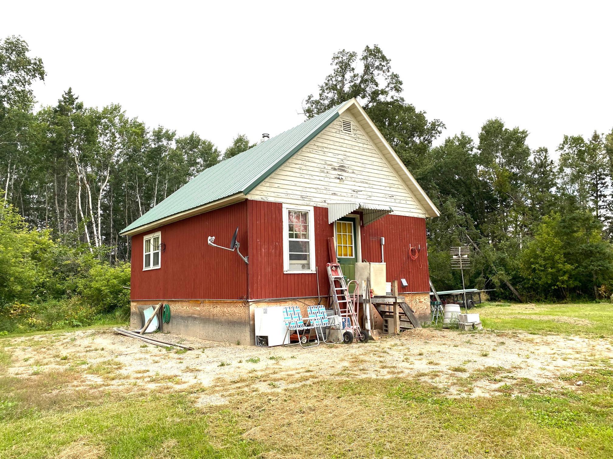 42221 County Road 2, Roseau, MN 56751