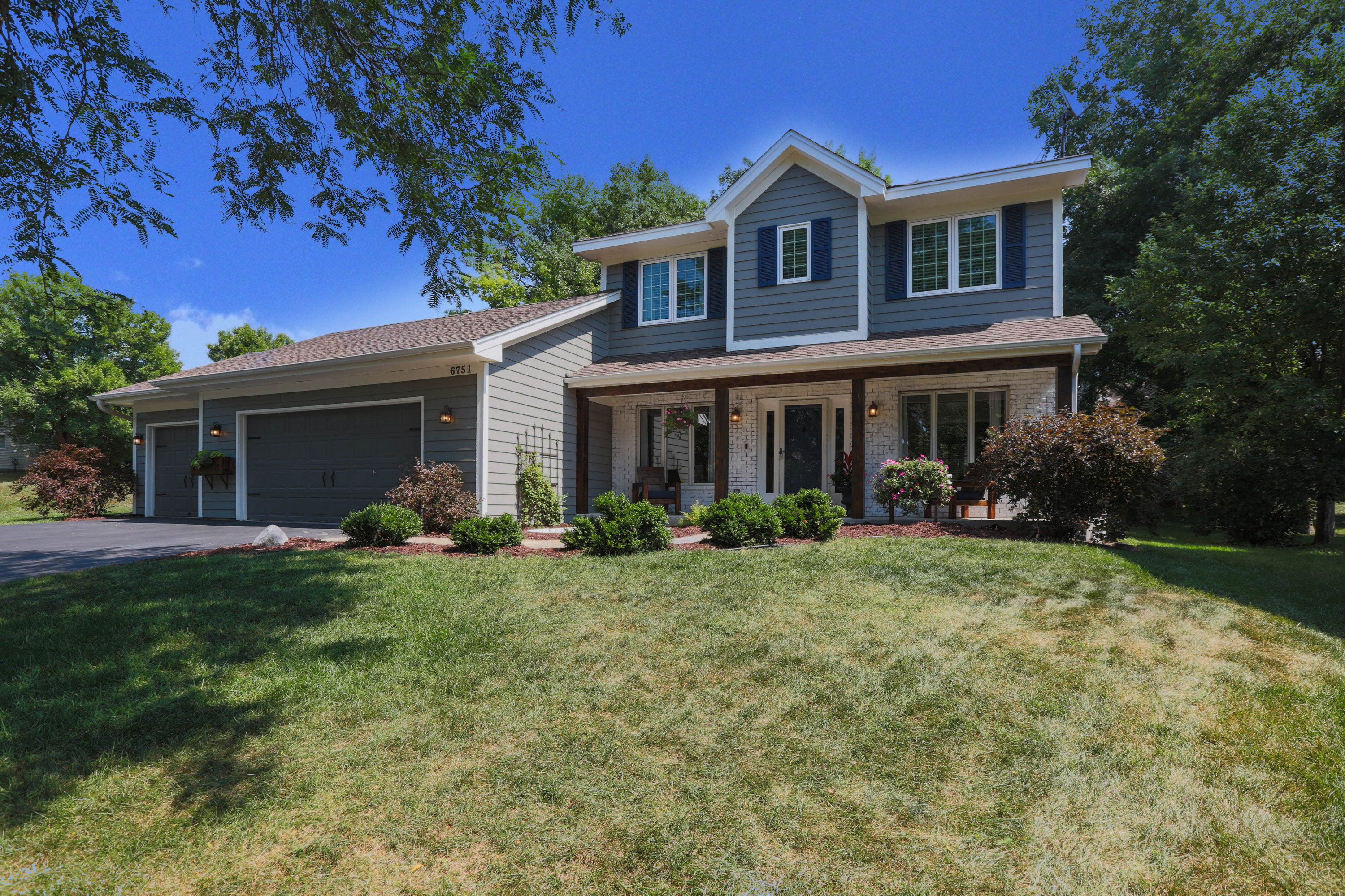 6751 Marsh Ridge Court, Eden Prairie, MN 55346