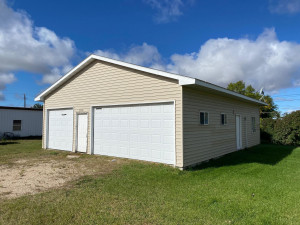 109 Rocket Drive, Badger, MN 56756