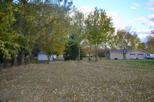 101 Apple Tree Court, Thief River Falls, MN 56701