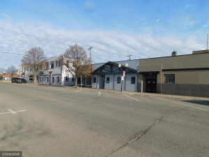 Located on 4th St NW Bemidji in the busy downtown area