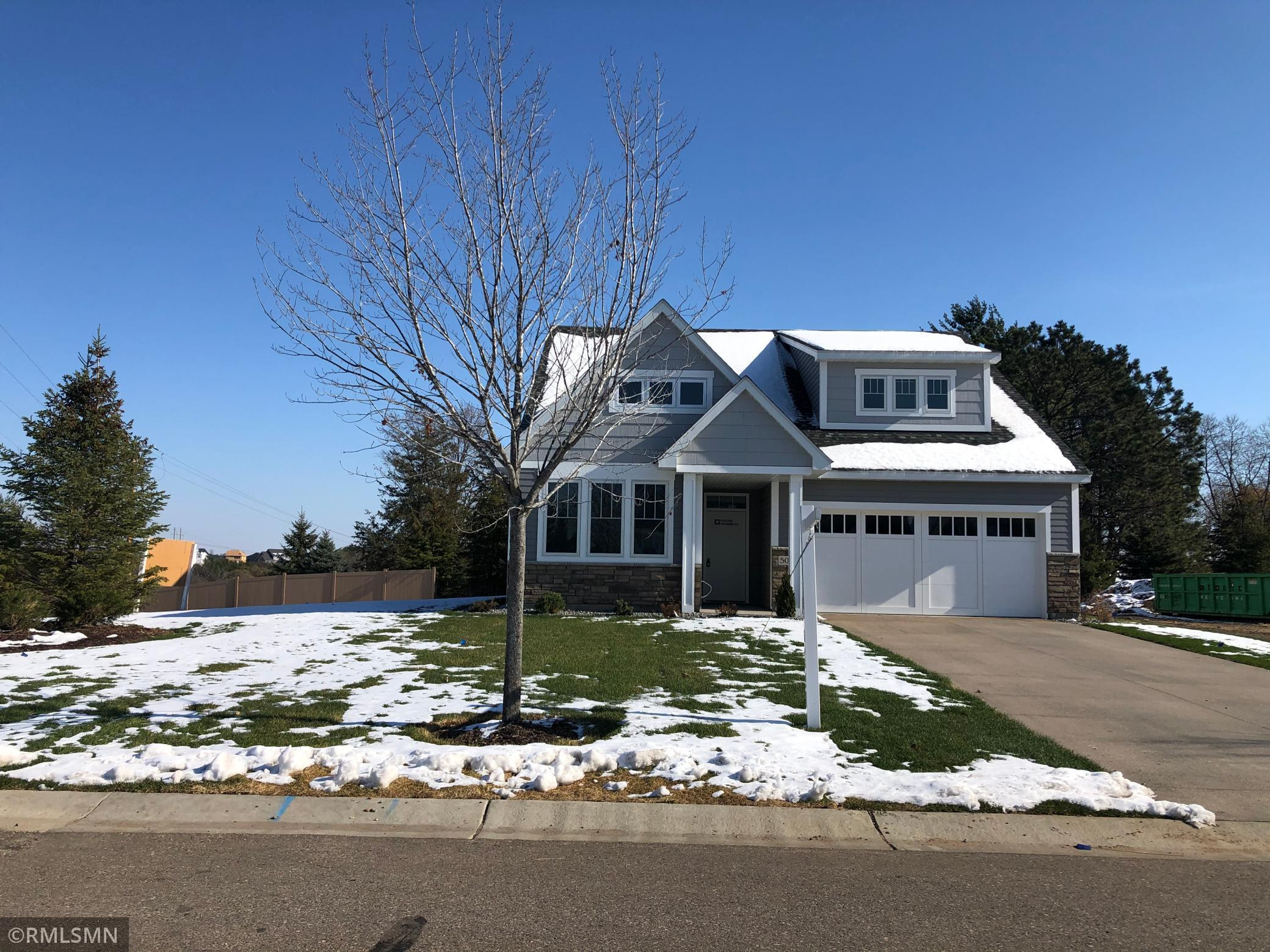 5011 Dale Ridge Road, Woodbury, MN 55129