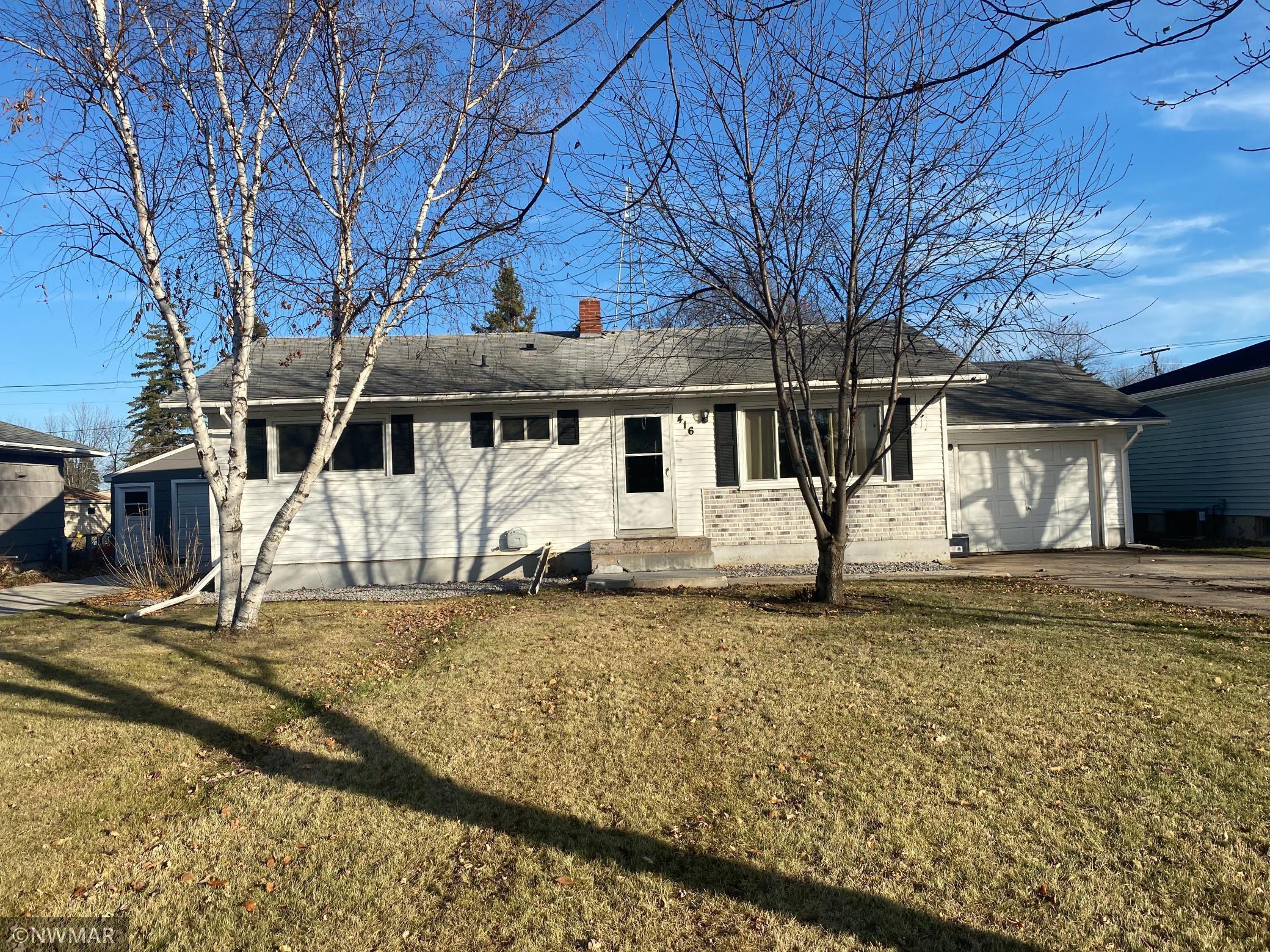416 1st Avenue SW, Baudette, MN 56623