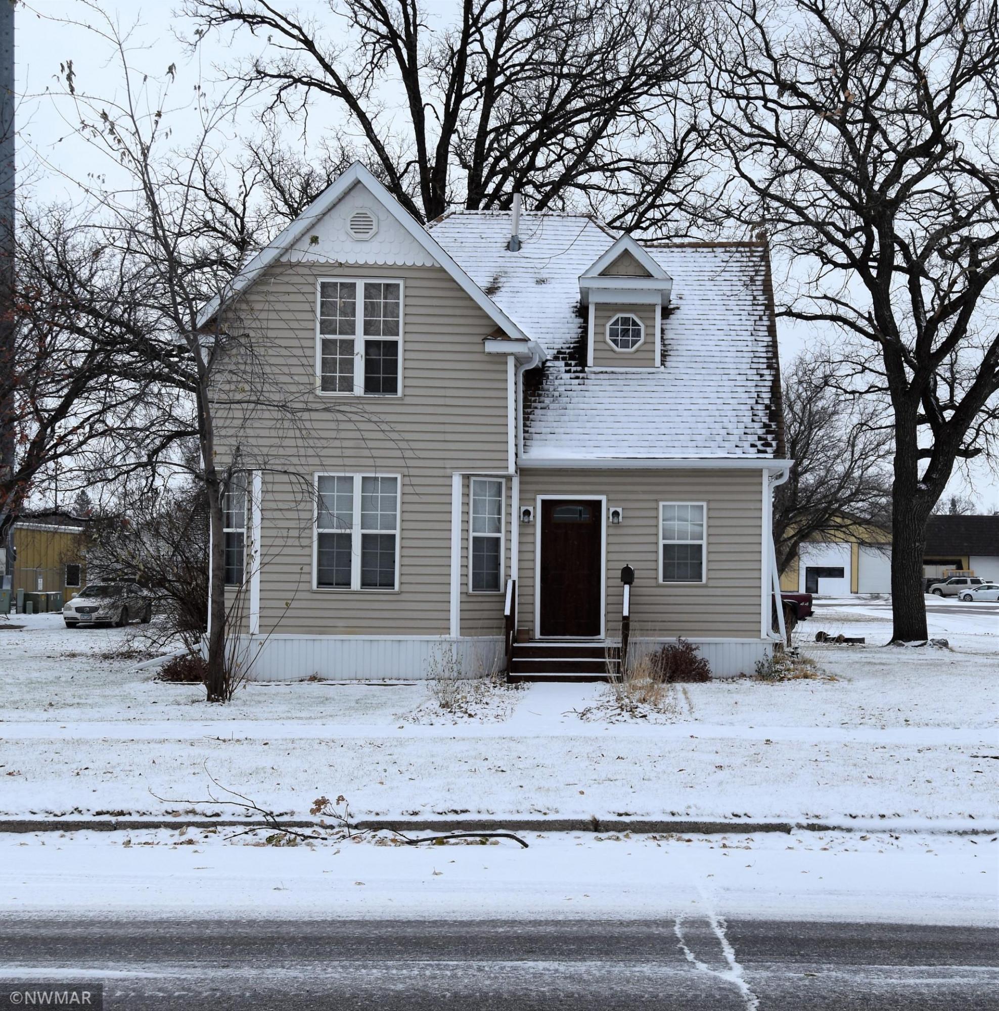 504 Horace Avenue N, Thief River Falls, MN 56701
