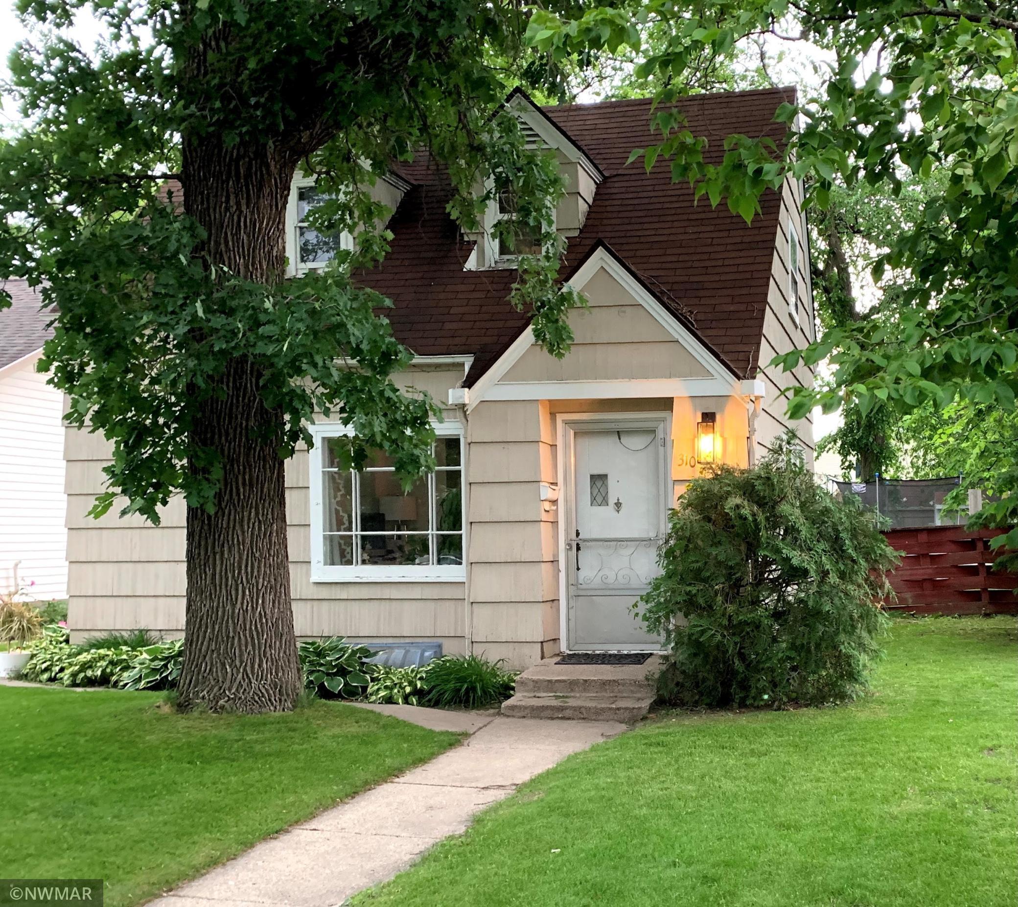 310 Saint Paul Avenue S, Thief River Falls, MN 56701