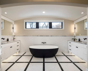Look at this beautiful free standing tub!