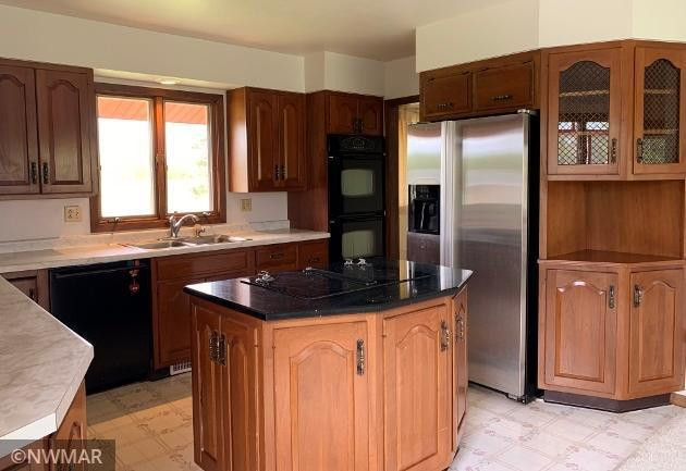 Center Island with Built in Jen Air Stove Top