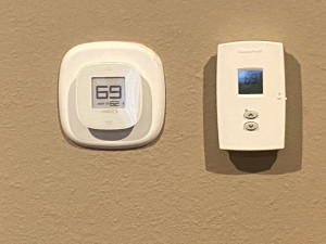 Master Bedroom Heating and Cooling Controls