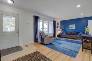 810 Robert Avenue N, Maple Lake, MN 55358