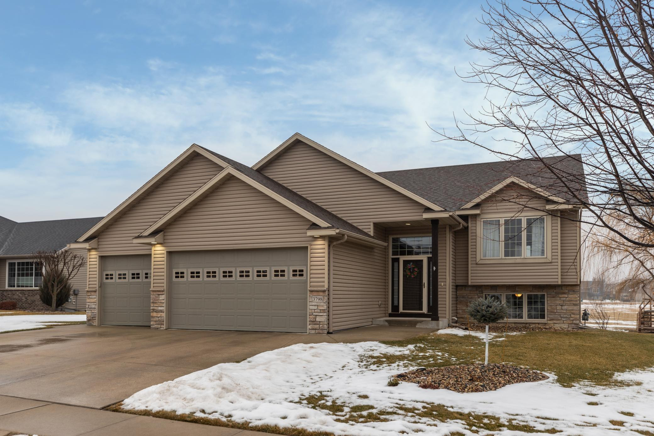 3798 Odyssey Drive SW, Rochester, MN 55902
