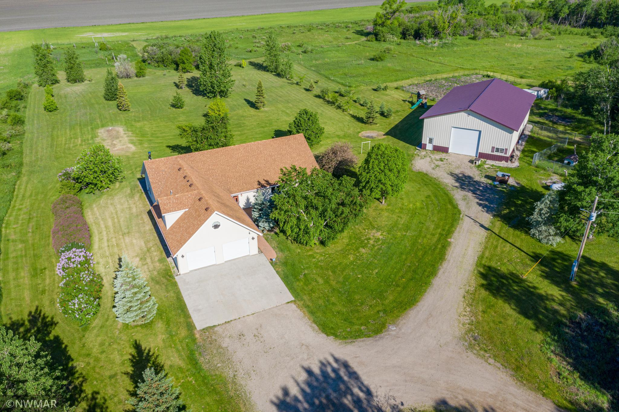 23561 230th Avenue SW, Crookston, MN 56716