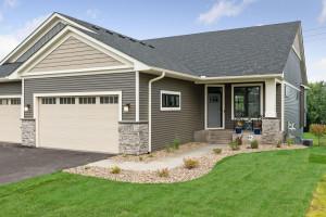 11240 6th Street Circle N, Lake Elmo, MN 55042