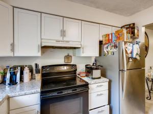 1356 Circle Terrace Boulevard-021-019-2nd Floor Kitchen-MLS_Size