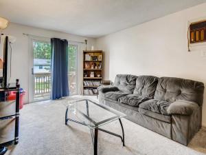 1356 Circle Terrace Boulevard-004-004-Living Room-MLS_Size