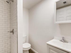1356 Circle Terrace Boulevard-008-007-Bathroom-MLS_Size