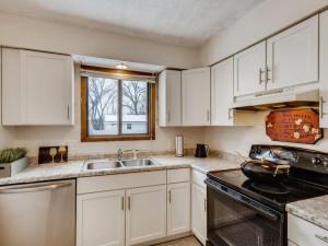 1356 Circle Terrace Boulevard-003-002-Kitchen-MLS_Size