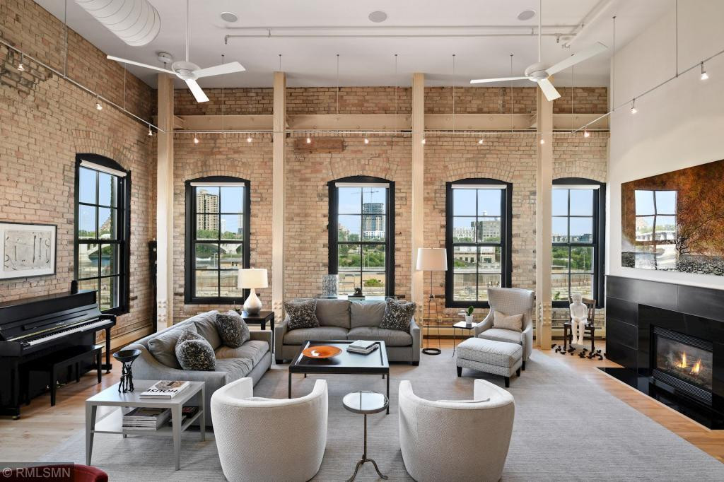 One-of-a-kind loft penthouse in the noteworthy North Star Lofts boutique condominium of the famed Minneapolis Mill District.