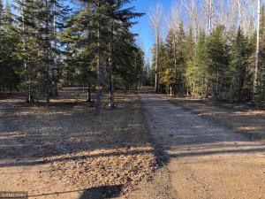 2961 Town Road 211, International Falls, MN 56649