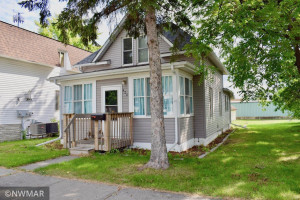 420 Horace Avenue N, Thief River Falls, MN 56701
