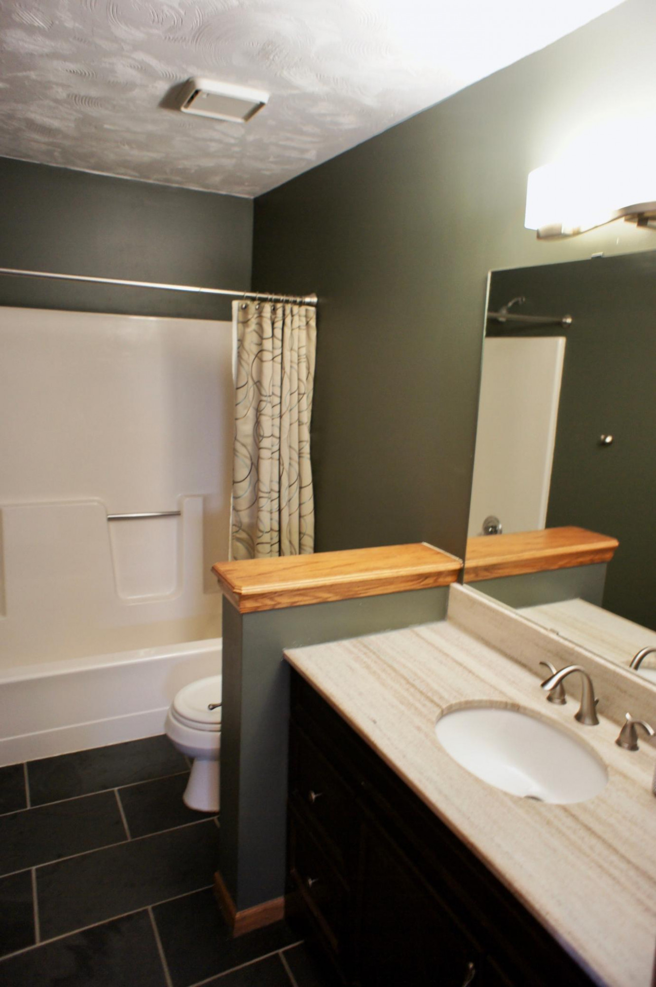 Here's a picture of the full upper level bath