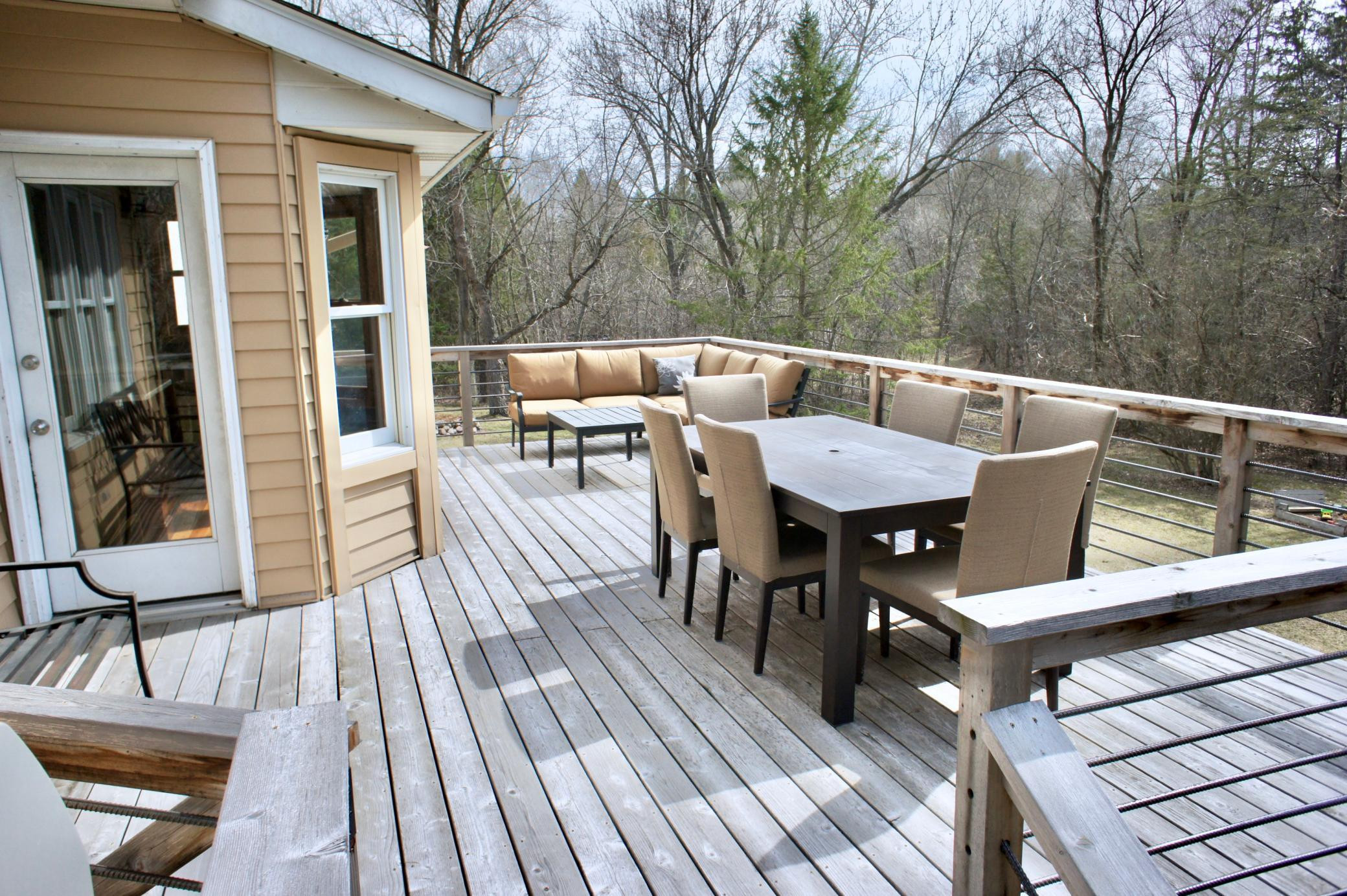 What a relaxing and peaceful outdoor setting with wonderful privacy ample space to entertain or just relax.