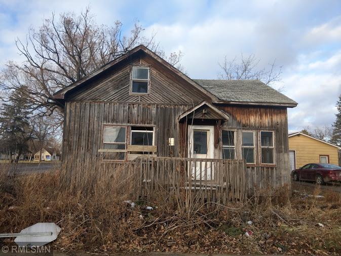 119 3rd Street NE, Kelliher, MN 56650